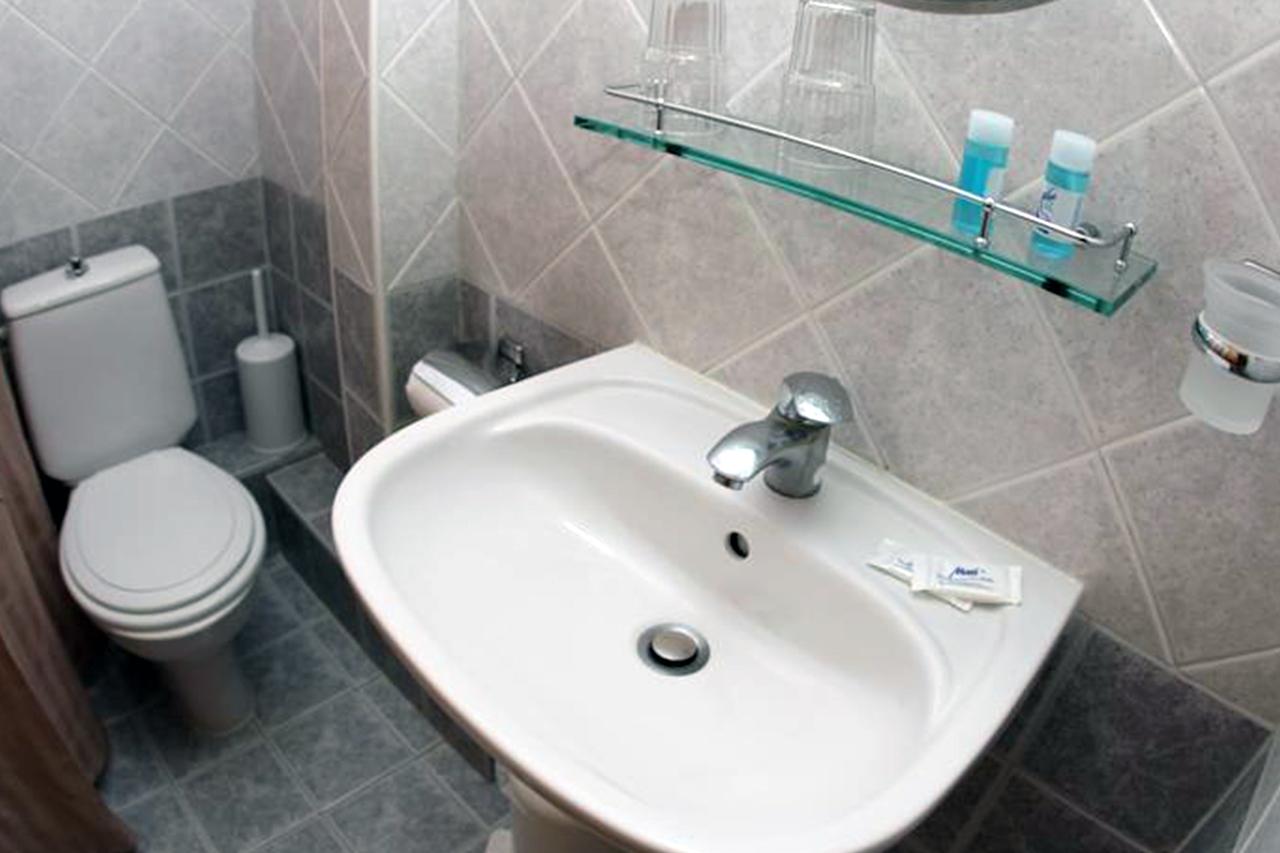 bathroom-dias-01